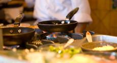 Đảm bảo an toàn thực phẩm tại nhà: Khó hay dễ?