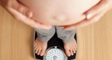 Phụ nữ và vấn đề tăng cân trong thời kì mang thai